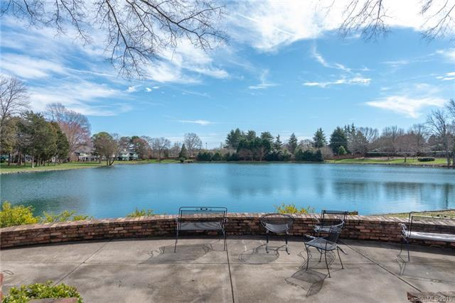 7050 Quail Hill Road, Charlotte, NC 28210 (#3483996) :: High Performance Real Estate Advisors