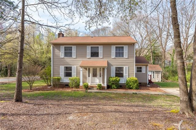 6928 Rollingridge Drive, Charlotte, NC 28211 (#3484030) :: LePage Johnson Realty Group, LLC