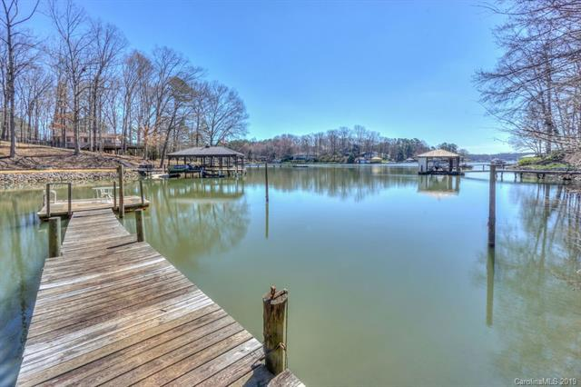 719 Kemp Road, Mooresville, NC 28117 (#3484418) :: Besecker Homes Team
