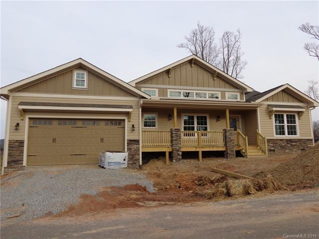 1051 Blacksmith Run Drive #100, Hendersonville, NC 28792 (#3484480) :: Exit Mountain Realty