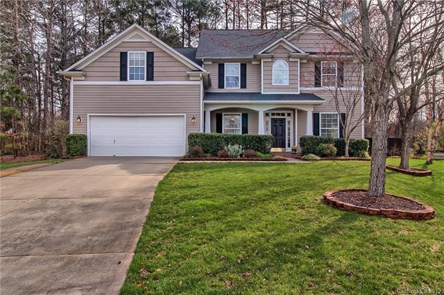 2157 Tommy Lane, Matthews, NC 28105 (#3484756) :: Charlotte Home Experts