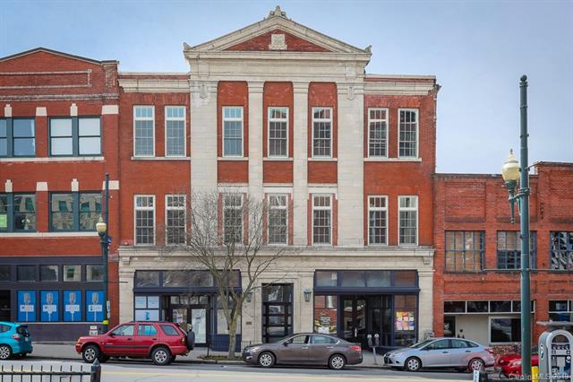 73 Broadway Street #205, Asheville, NC 28801 (#3484794) :: Johnson Property Group - Keller Williams