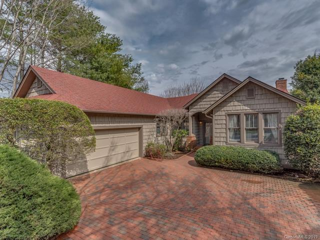15 Lacoste Drive, Hendersonville, NC 28739 (#3484873) :: Stephen Cooley Real Estate Group