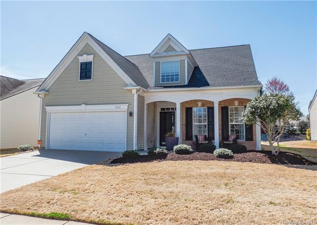 8812 Heron Glen Drive, Charlotte, NC 28269 (#3484876) :: Herg Group Charlotte
