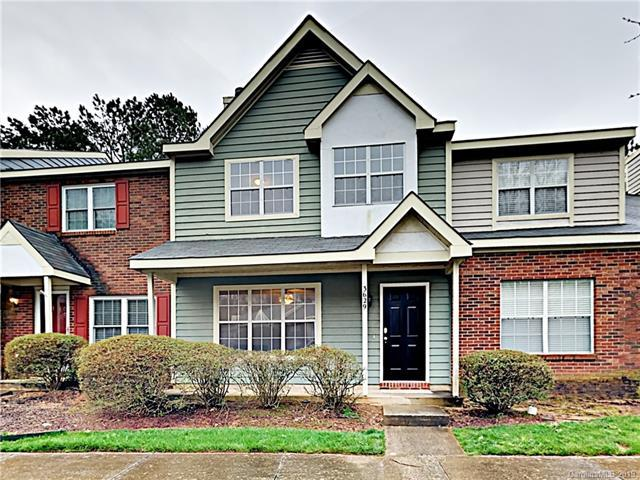 3629 Huyton Court, Charlotte, NC 28215 (#3485066) :: Francis Real Estate