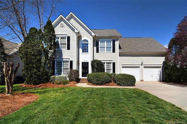 10313 Friarsgate Road, Huntersville, NC 28078 (#3485126) :: David Hoffman Group