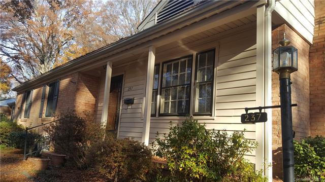 237 Seneca Place, Charlotte, NC 28210 (#3485145) :: Francis Real Estate