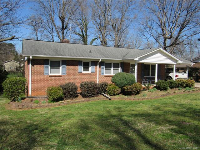 1274 Oaklane Drive, Lincolnton, NC 28092 (#3485155) :: Exit Mountain Realty