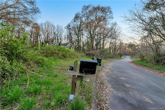 3009 New Pineola Road, Charlotte, NC 28208 (#3485272) :: Homes Charlotte