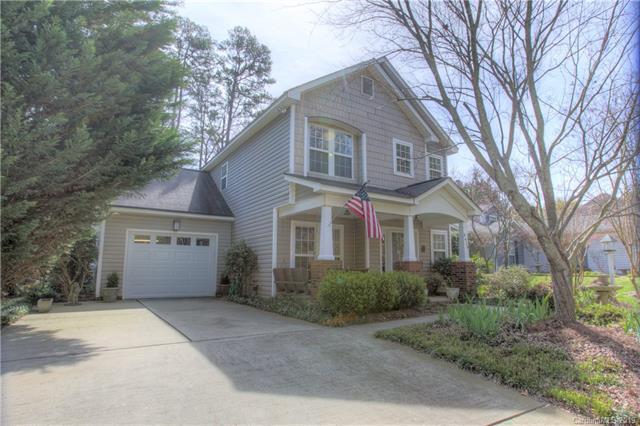 4426 Brandie Glen Road, Charlotte, NC 28269 (#3485302) :: Charlotte Home Experts