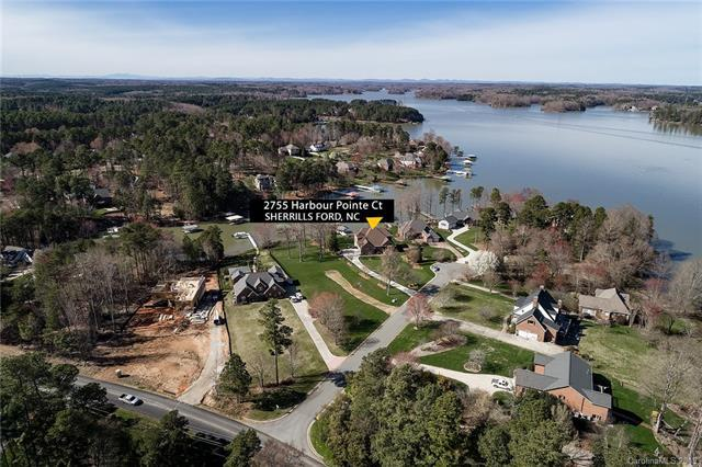 2755 Harbour Pointe Court, Sherrills Ford, NC 28673 (#3485305) :: Cloninger Properties