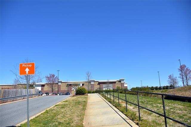 226 Brookside Lane, Charlotte, NC 28262 (#3485332) :: High Performance Real Estate Advisors