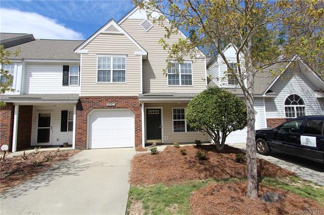 10721 Sleigh Bell Lane, Charlotte, NC 28216 (#3485791) :: Team Honeycutt