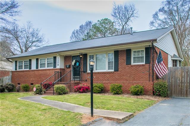 7208 Mapleridge Drive, Charlotte, NC 28210 (#3485817) :: David Hoffman Group