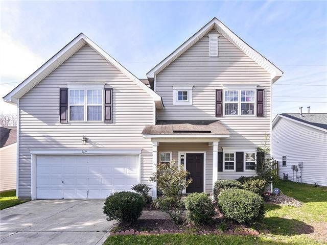 9611 Forest Path Drive, Charlotte, NC 28269 (#3485893) :: LePage Johnson Realty Group, LLC