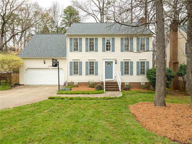 9534 Harris Glen Drive, Charlotte, NC 28269 (#3485927) :: The Ramsey Group