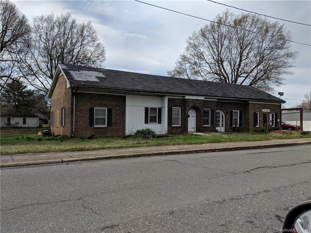 901 1st Street, Cherryville, NC 28021 (#3486195) :: Robert Greene Real Estate, Inc.