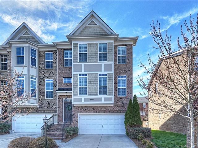 7834 Springs Village Lane, Charlotte, NC 28226 (#3486204) :: Johnson Property Group - Keller Williams