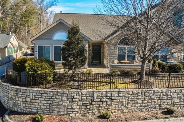 174 Summerfield Place 6-C, Flat Rock, NC 28731 (#3486330) :: High Performance Real Estate Advisors