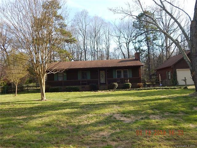 1128 Ravendale Drive #8, Charlotte, NC 28216 (#3486428) :: Homes Charlotte