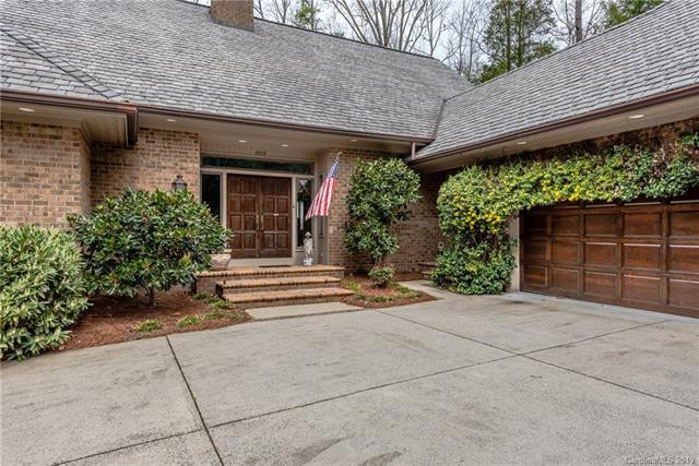 4808 Old Course Drive, Charlotte, NC 28277 (#3486462) :: The Ann Rudd Group