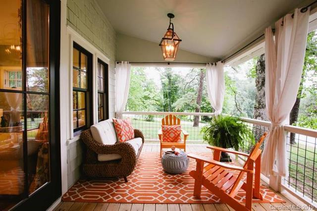 611 Hiawassee Avenue, Black Mountain, NC 28711 (#3486654) :: Puffer Properties