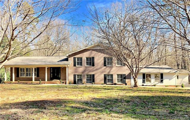855 Meadowlark Drive, Rock Hill, SC 29732 (#3486758) :: Charlotte Home Experts