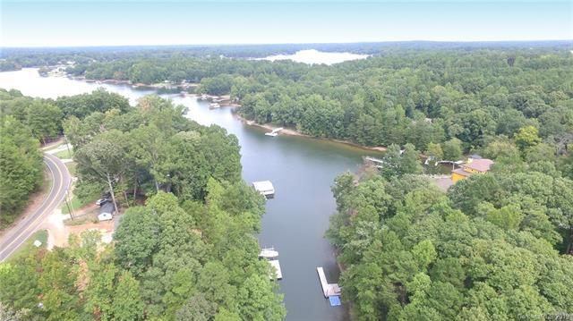 165 Ross Road, Mooresville, NC 28117 (#3486840) :: Odell Realty