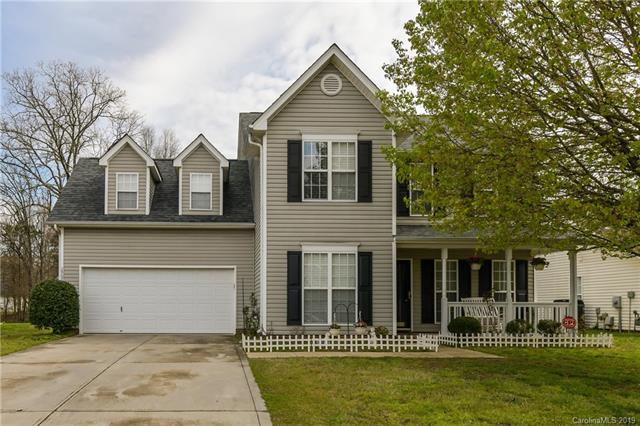2907 Longspur Drive, Matthews, NC 28105 (#3487309) :: The Premier Team at RE/MAX Executive Realty