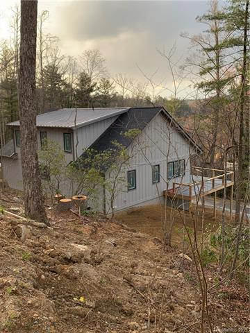 9 Laurel Spring Lane, Hendersonville, NC 28739 (#3487327) :: Johnson Property Group - Keller Williams