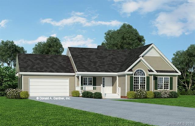 328 Wayside Lane, Hendersonville, NC 28792 (#3487334) :: Johnson Property Group - Keller Williams