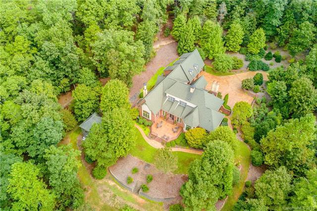 19 Coachman Lane, Tryon, NC 28782 (#3487813) :: Caulder Realty and Land Co.