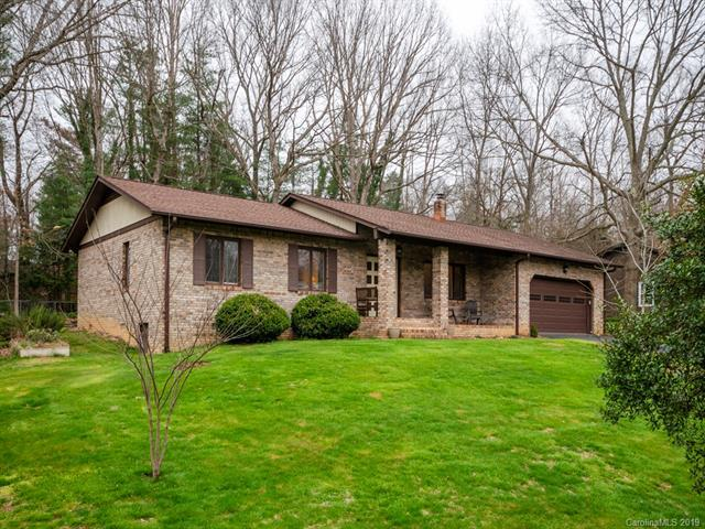 133 Greenfield Lane, Hendersonville, NC 28792 (#3488390) :: LePage Johnson Realty Group, LLC