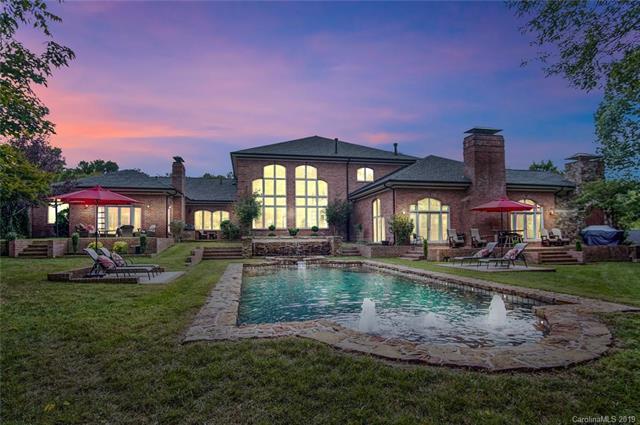 18707 River Falls Drive, Davidson, NC 28036 (#3488411) :: Carlyle Properties