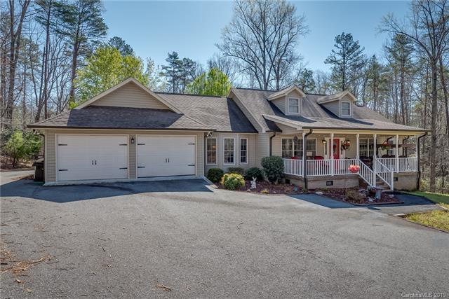 153 Brookside Drive, Columbus, NC 28722 (#3488539) :: Puffer Properties