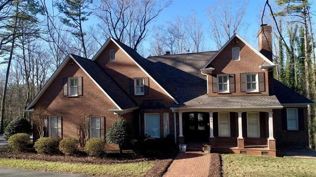 720 9th Avenue NW, Hickory, NC 28601 (#3488935) :: LePage Johnson Realty Group, LLC
