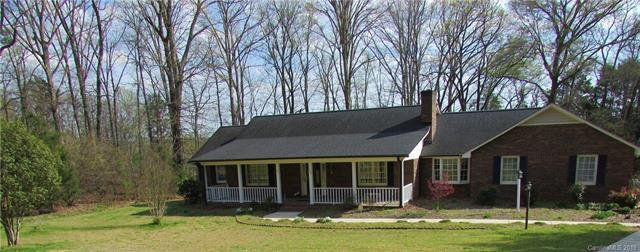 300 Henderson Circle, Harrisburg, NC 28075 (#3489024) :: Exit Mountain Realty