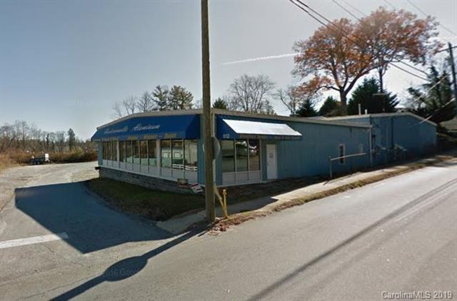 512 Kanuga Road, Hendersonville, NC 28739 (#3489043) :: LePage Johnson Realty Group, LLC