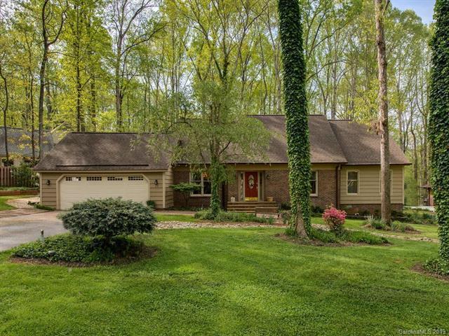 23 Fairway Ridge, Lake Wylie, SC 29710 (#3489874) :: High Performance Real Estate Advisors