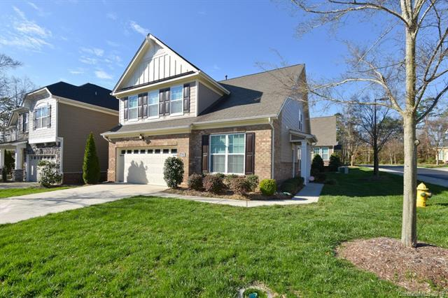 4639 Blackmuir Wood Circle, Charlotte, NC 28270 (#3490011) :: Odell Realty