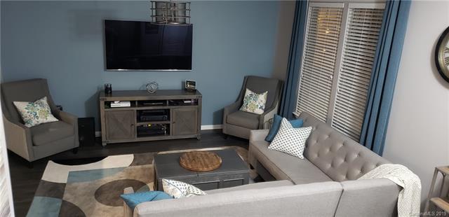 1710 Evergreen Drive, Charlotte, NC 28208 (#3490015) :: Washburn Real Estate