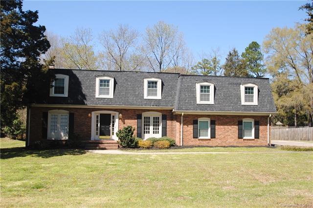 4312 Carmel Road, Charlotte, NC 28226 (#3490219) :: Cloninger Properties