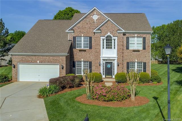 9959 Mitchell Glen Drive, Charlotte, NC 28277 (#3490238) :: LePage Johnson Realty Group, LLC