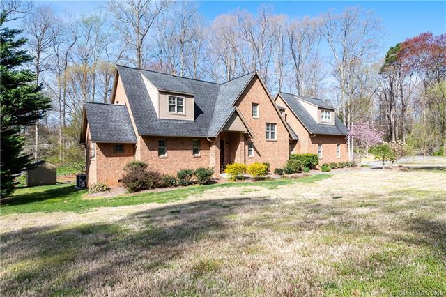 410 Gleneagles Road W, Statesville, NC 28625 (#3490299) :: LePage Johnson Realty Group, LLC