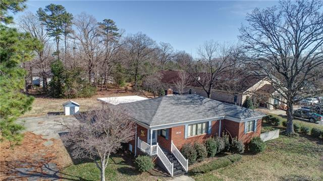 3644 Poplar Tent Road, Concord, NC 28027 (#3490301) :: MartinGroup Properties