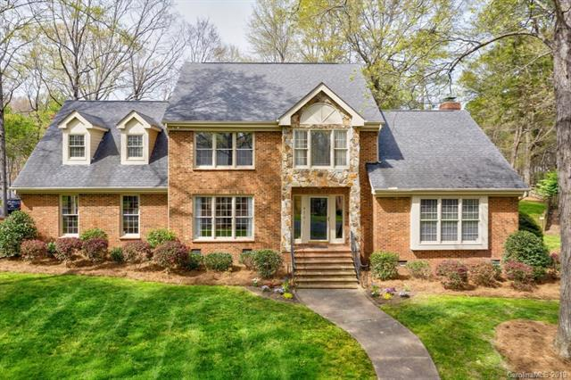 4201 Asherton Drive, Charlotte, NC 28226 (#3490626) :: Washburn Real Estate