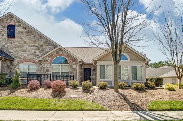 705 Ledgestone Court, Tega Cay, SC 29708 (#3490701) :: Team Honeycutt