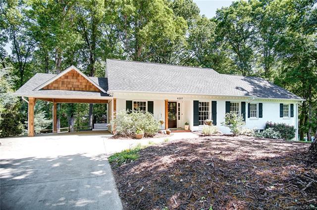 4257 Tottenham Road, Charlotte, NC 28226 (#3490752) :: High Performance Real Estate Advisors