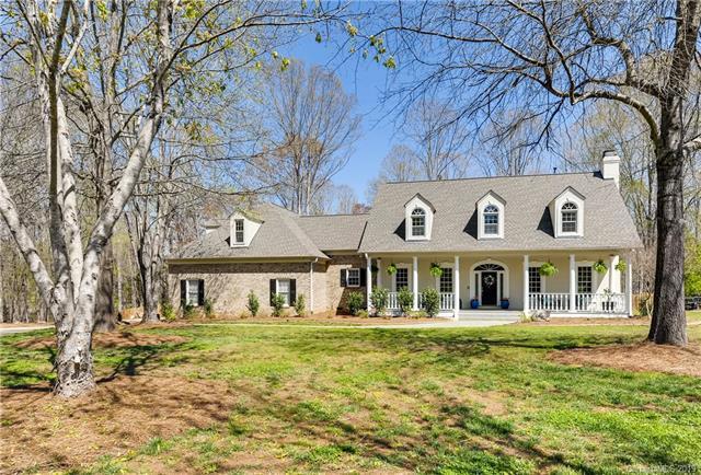 7026 High Oak Drive, Weddington, NC 28104 (#3491260) :: Rinehart Realty