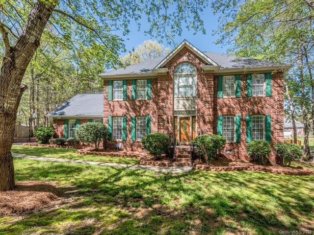 2393 Mill House Lane, Matthews, NC 28104 (#3491538) :: Rinehart Realty